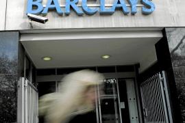 Una norma podría permitir a los bancos cobrar por informar sobre sus productos