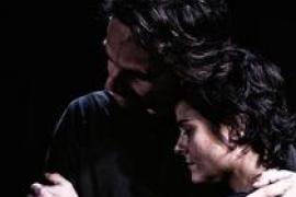 El Teatre Catalina Valls vive el drama 'Refugiados'