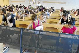 Un millar de estudiantes afronta la selectividad en Mallorca