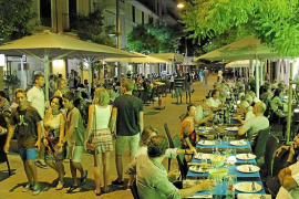 Cort y los restauradores negocian 'in extremis' las terrazas de la calle Fábrica