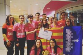 Alumnos del IES Antoni Maura y el Col·legi Sant Pere, premiados en la First Lego League