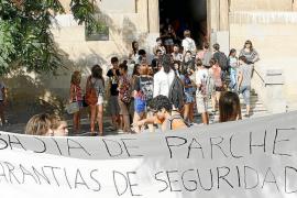 El IES Ramon Llull empieza las clases pero con menos de la mitad de sus alumnos