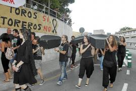 Multa de entre 60 y 300 euros al promotor de los toros de Inca por dejar entrar a menores en la plaza