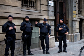 Registro de la Guardia Civil en la Generalitat y Òmnium por el 1-O