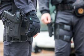 Detenido un guardia civil jubilado por intentar matar a su mujer enferma en una residencia