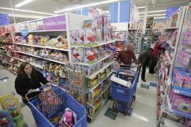 Toys 'r' Us estudia vender sus tiendas en España