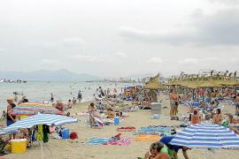 Los alcaldes de Alcúdia, Muro y Santa Margalida intentan sortear el 'veto' del Govern a las atracciones de playa