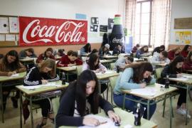 Más de 200 jóvenes de Baleares muestran su talento en el concurso de relatos cortos de Coca-Cola
