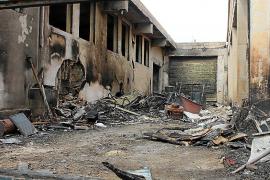 La Guardia Civil busca a los autores del incendio en la carpintería de Capdepera