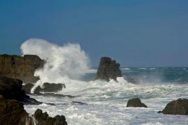 Registrada en aguas de Menorca una ola de 12,5 metros, la más alta de los últimos 15 años