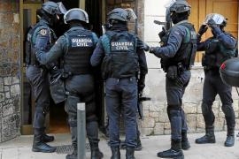 Intentan apuñalar a un guardia civil en la operación Ludar contra el tráfico de droga en Mallorca