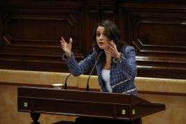 Arrimadas a Turull: «Usted no es la solución porque forma parte del problema»