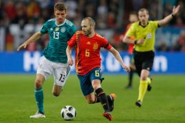 Alemania y España empatan en un buen partido