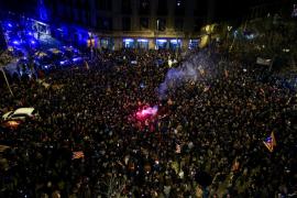 Unas 10.000 personas se concentran en Barcelona contra el encarcelamiento de políticos soberanistas