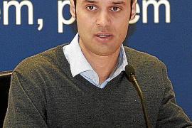 Martín se impone a Socías como candidato