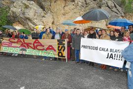 El PSOE exige la revocación de las licencias urbanísticas concedidas en Cala Blanca