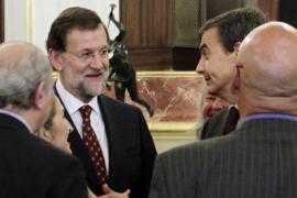 Zapatero dice que no se va satisfecho y Rajoy le reprocha  la herencia envenenada que deja