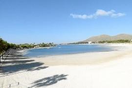 Proyectan regenerar las playas de Muro y Can Picafort con arena que sobra en Alcúdia