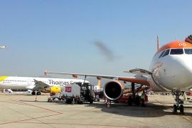 Las aerolíneas se benefician de la guerra de precios del 'handling' en Son Sant Joan