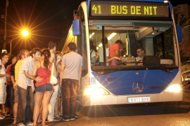 Los buses nocturnos podrán detenerse entre paradas para evitar agresiones