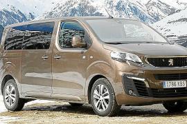 Peugeot amplía su gama 4x4 al modelo Traveller