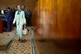 Cifuentes se querellará contra los periodistas que informaron sobre su máster