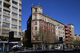Hotel o viviendas de lujo en el edificio de la Casa Catalana de las Avenidas de Palma