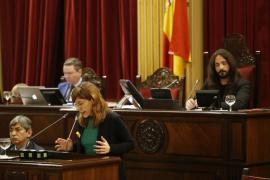 El Parlament aprueba la ley de Memoria Democrática que contempla un censo de símbolos franquistas para su retirada