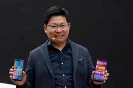 Huawei lanza los P20, un móvil con triple cámara para competir con Samsung y Apple
