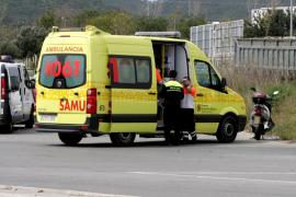 Herido grave un motorista arrollado por un coche de alquiler en Son Oms