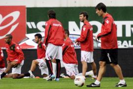 Laudrup: «Los jugadores deben ganar por el equipo, no por mí»