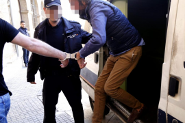 La policía busca a intoxicados por el fraude de la carne en mal estado