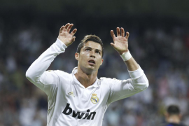 Ronaldo devuelve al Madrid al triunfo, al gol y al sosiego