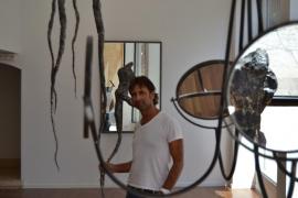 Guillem Aulí  propone la «búsqueda interior» con su nueva exposición