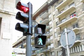 Cort instalará radares en los semáforos para controlar la velocidad