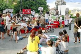 Protesta ciudadana por el derecho a la vivienda y el fin de los desahucios