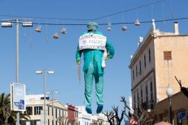 Ciutadella dispara contra el decreto del catalán