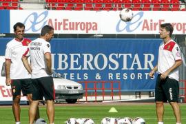 El Mallorca echa a Larsen y sospecha que Laudrup dimitirá