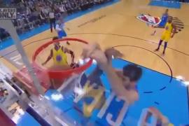 El espectacular mate de Álex Abrines que deja boquiabierta a la NBA