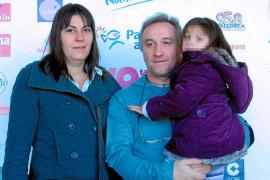 El juicio contra los padres de la niña Nadia por estafa será en junio