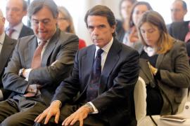 Aznar ve en Cataluña «una rebelión en toda regla» y descarta el diálogo