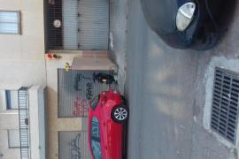 Moto abandonada aparcada