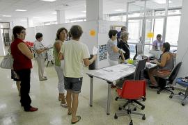 Los casales de barrio con más demanda limitan las plazas a un curso por persona