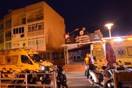 Un joven se precipita desde un segundo piso en Magaluf