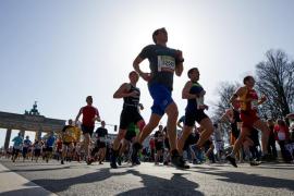 La policía alemana evita un ataque islamista con cuchillos durante la media maratón de Berlín