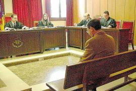 PALMA - JUICIO AL PROFESOR ACUSADO DE ABUSOS SEXUALES A UNA MENOR EN ALGAIDA.