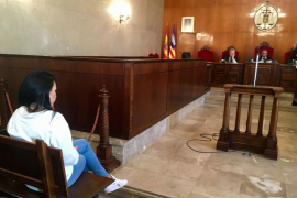 Dos años de prisión por arrancarle a una mujer parte de un dedo en una pelea en Palma