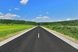 Tráfico estudia rebajar la velocidad máxima de las carreteras convencionales
