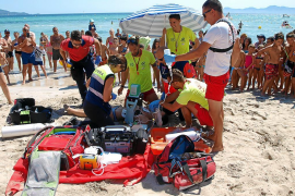 La vigilancia en las playas de Baleares se extremará en las horas de mayor afluencia de bañistas