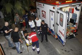 Un hombre herido grave tras caerse desde tres metros de altura